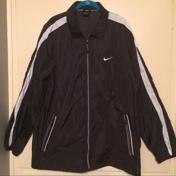 wholesale dealer 647ca b1b0b 🖤EUC Men s Nike Black 90 s Windbreaker Jacket🖤. Nike.  M 5b70a531cdc7f70a2ecdd932. M 5b70a53281bbc8db2d3e7d4f.  M 5b70a53b9264af34e2e575bc